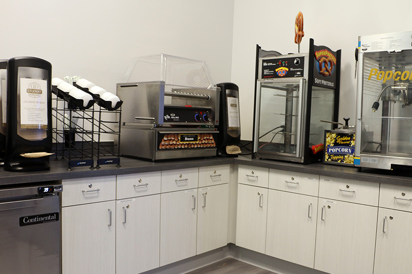 Robert Morris University Back counter cabinets with Formica® Brand High Pressure Laminate