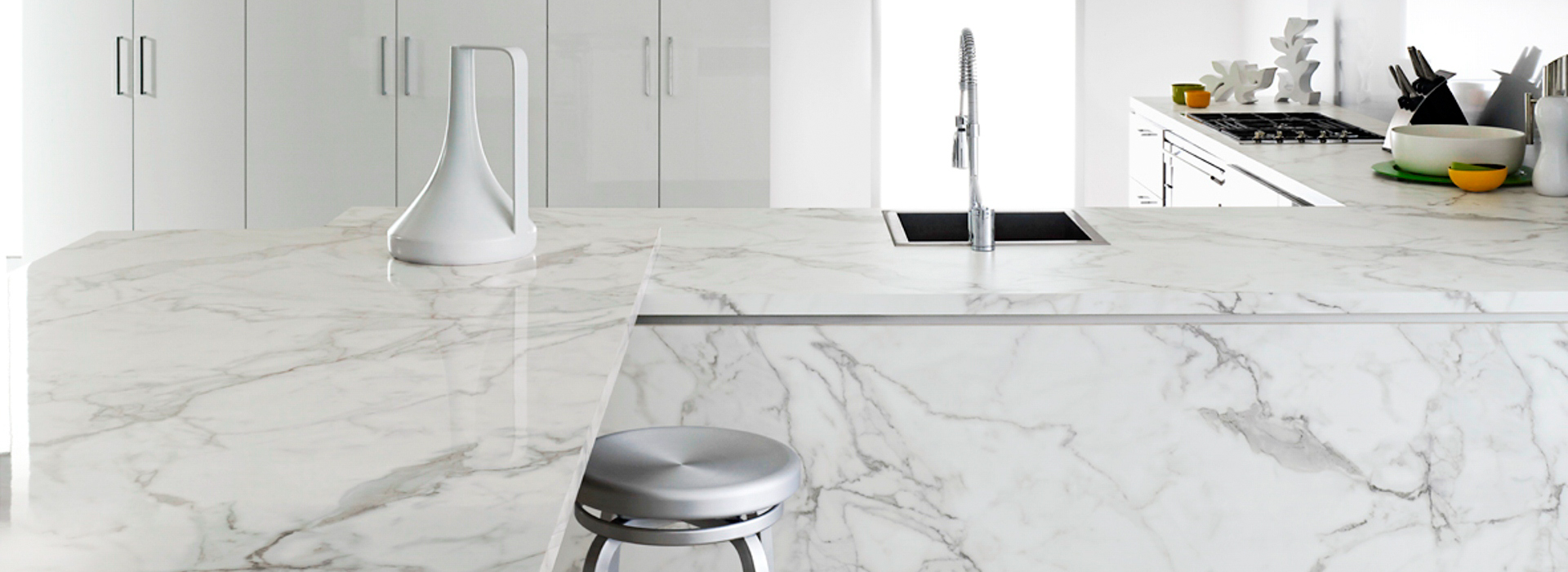 Formica® EliteForm technology features industry-leading scratch resistance so that your countertops are able to stand up to the wear and tear of daily life.