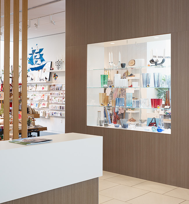Retail display 6413 Silver Riftwood TFL