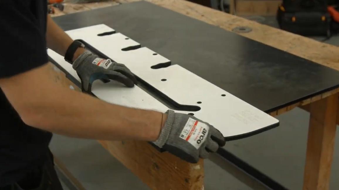 Cutting a radius on an Aria Product