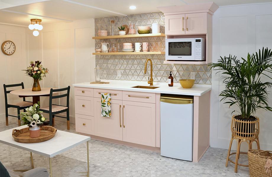 Virginia Fynes AirBNB Kitchen