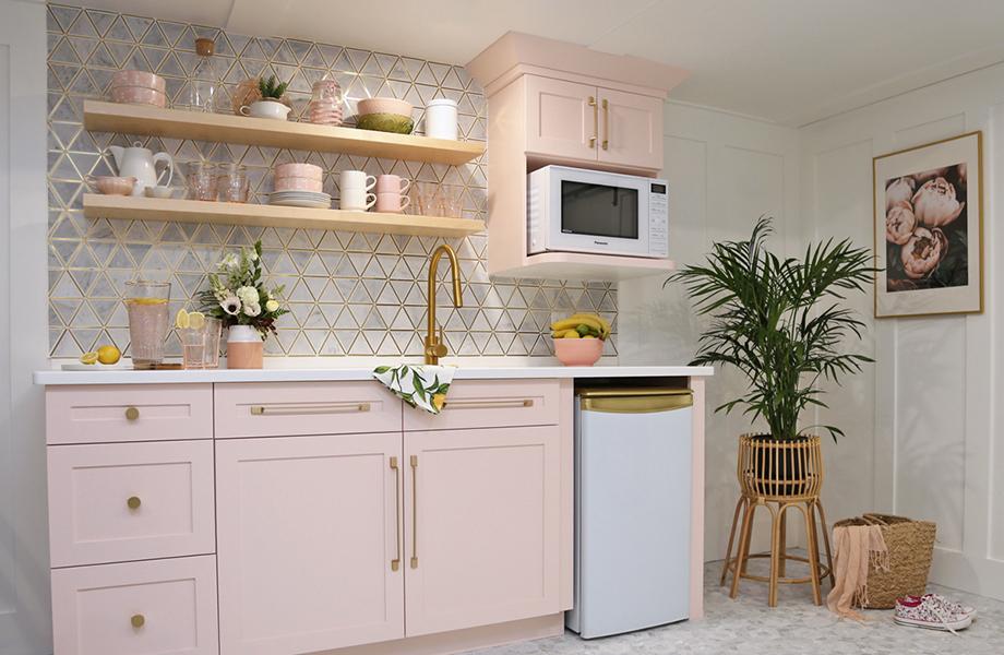 Virginia Fynes pink kitchen