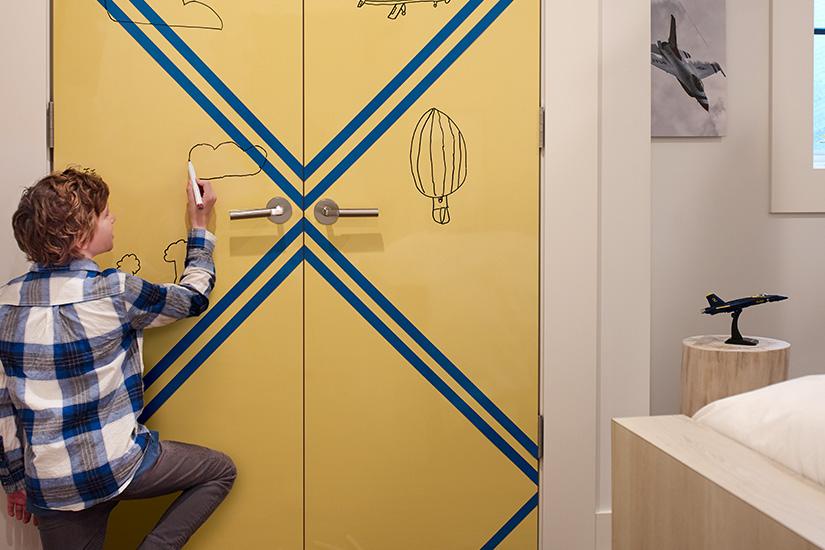 Dry erase childrens closet door 8795 Matrix blue 1485 Chrome Yellow