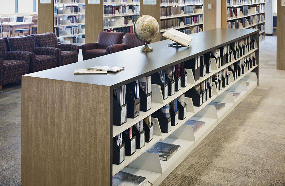 School library shelves with 8913-NG Oak Fiberwood woodgrain laminate and 7897-90 Spectrum Green countertops