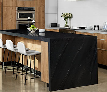 5015 11 Black Painted Marble kitchen island with 9319 BH Stainless and 9312 NG Planked Urban Oak