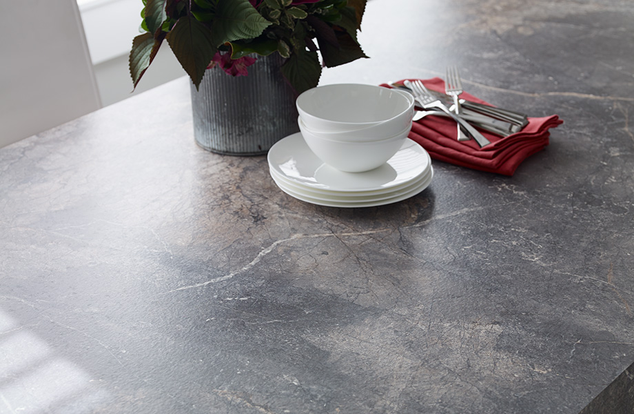 Table top with dishes and plant 7405 Istanbul Marble 180fx