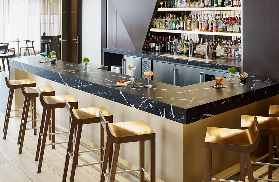 Bar countertop with spirits 7403 Nero Marquina 180fx