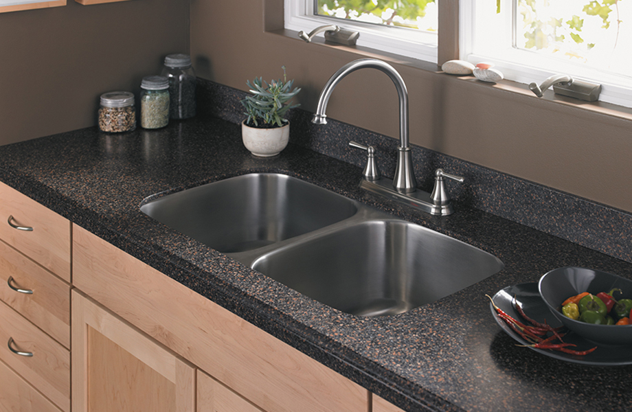 Attrayant Kitchen Sink And Succulents S163U 389 Marron Graniti Formica Solid Surfacing