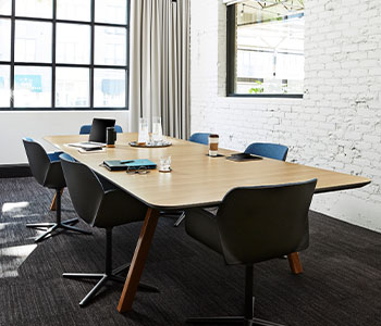 5786 NG Ashwood Oak conference room table
