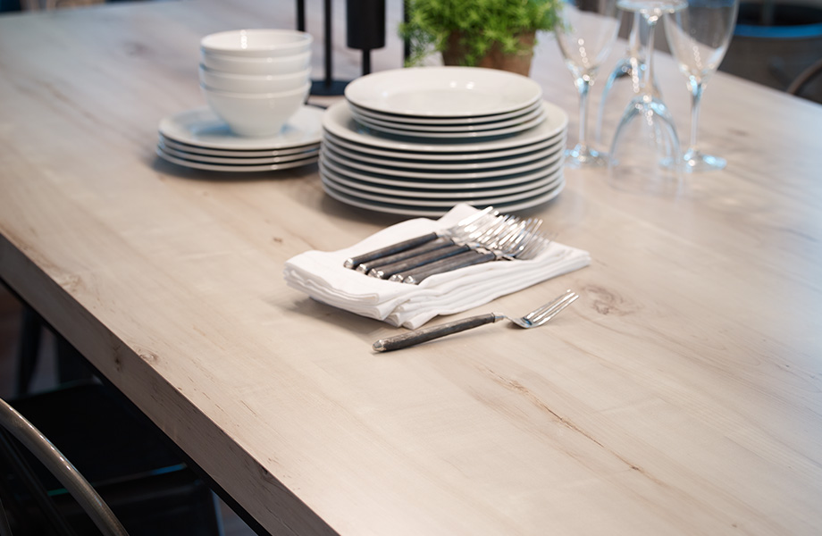 White Knotty Maple celebrates imperfection with a natural, unfinished look inspired by one of North America's most popular trees. The nearly white sapwood appearance contains soft shades of brown heartwood, which adds to the minimalist, modern look. Many love the unconventional, uneven texture of this rustic maple.