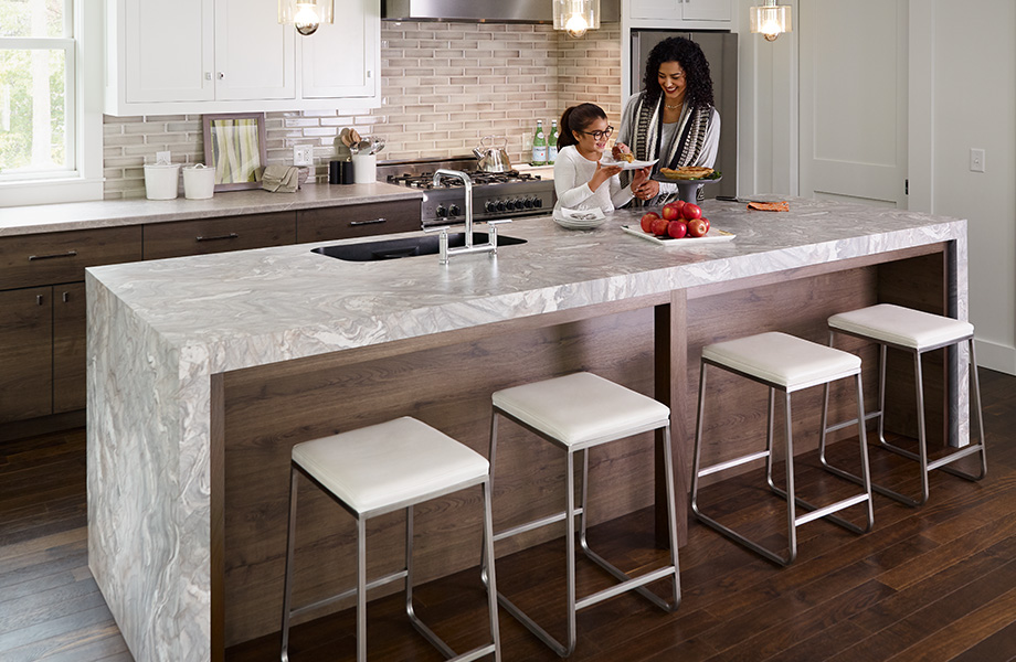 Based on Fusion Granite, Neapolitan Stone is a complex pattern comprised of layers of white, cream, beige, blue and warm grey. The composition that results has an organic flow and timeless quality. The multifaceted pattern of the real granite makes Neapolitan Stone highly desirable for an ultra-premium appearance.