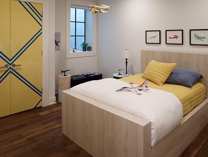 PlankedRawOak Bed