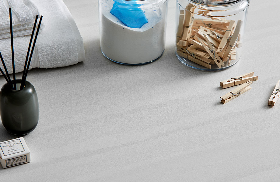 9512 34 Layered Sand countertop with clothespins and laundry