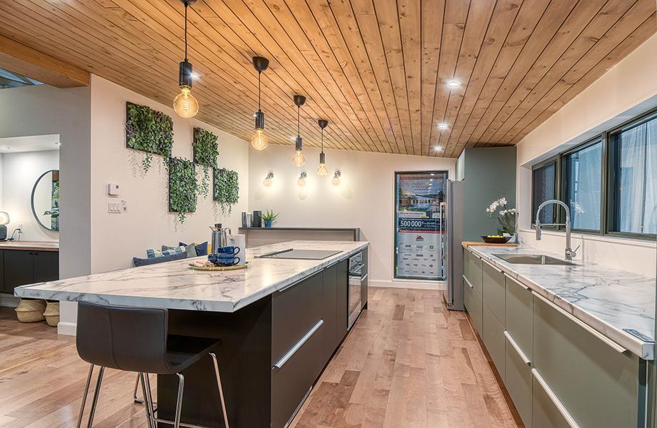 Maison Enfant Soleil kitchen island