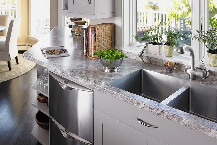 9284 Granite Cristal Classique 180fx® Stratifié haute pression HPL du Groupe Formica comptoir cuisine évier encastré