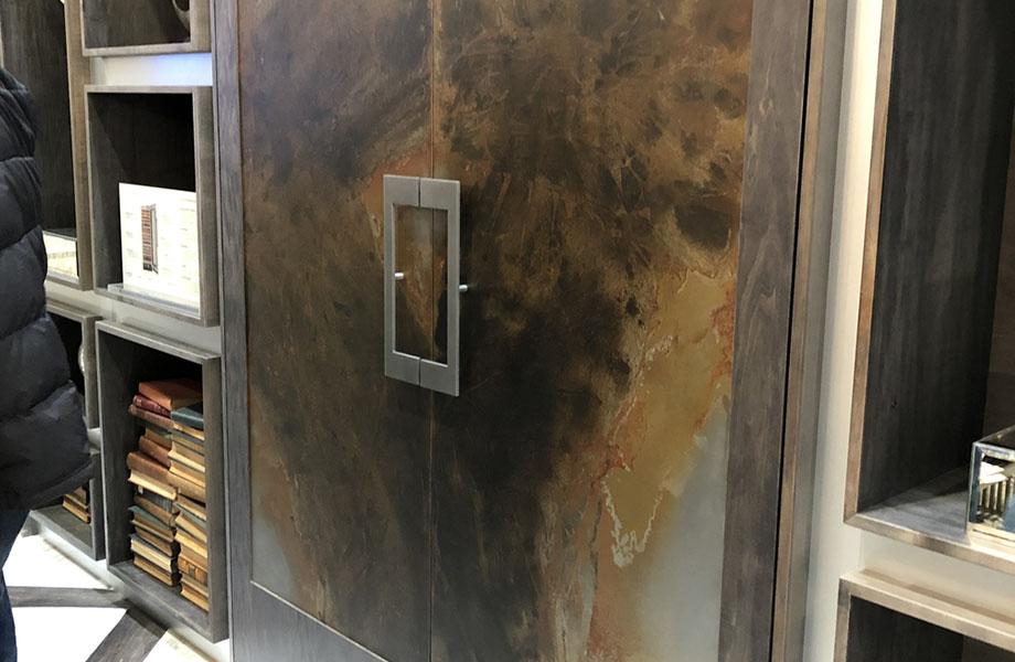 Des métaux chaleureux, comme le bronze de Toscane, ont fait une apparition chez Dacor lors du KBIS 2019