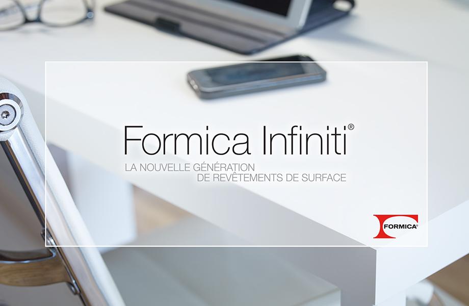 Bureau blanc Formica Infiniti® avec téléphone et tablette
