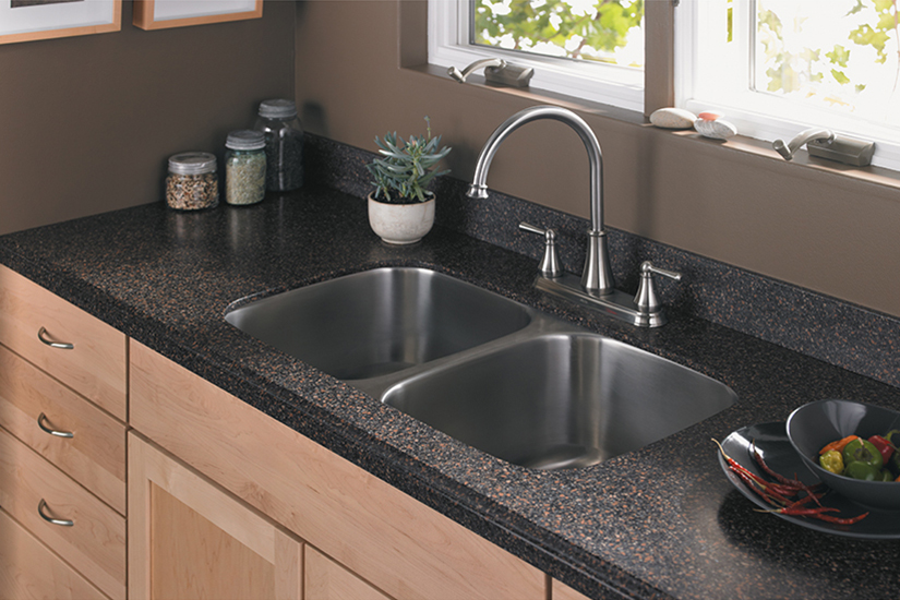 Kitchen sink and succulents S163U 389 Marron Graniti Formica Solid Surfacing