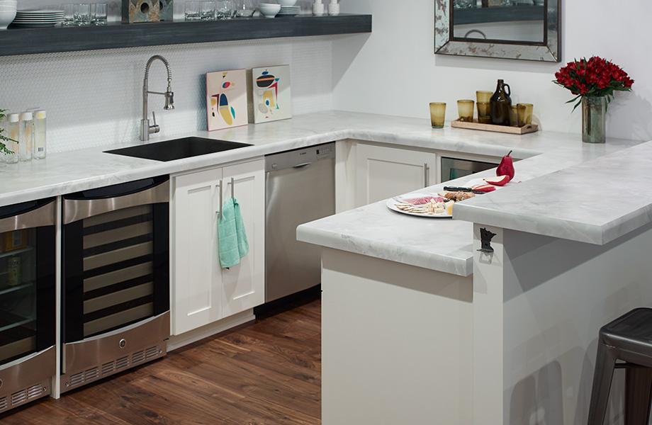 HPL kitchen countertops Formica® Laminates 7409-43 Gray Onyx and 8917-58 Rolled Steel, Comptoirs de cuisine en Stratifiés de marque Formica® Gris Onyx et Acier Laminé