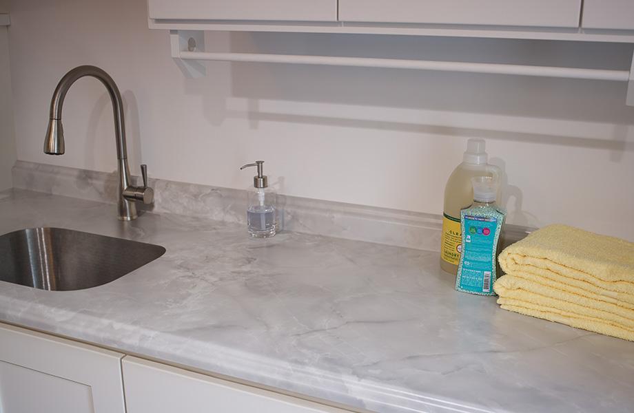 HPL kitchen countertop Formica® Laminate 7409-43 Gray Onyx, Comptoir de cuisine en Stratifié de marque Formica® Gris Onyx