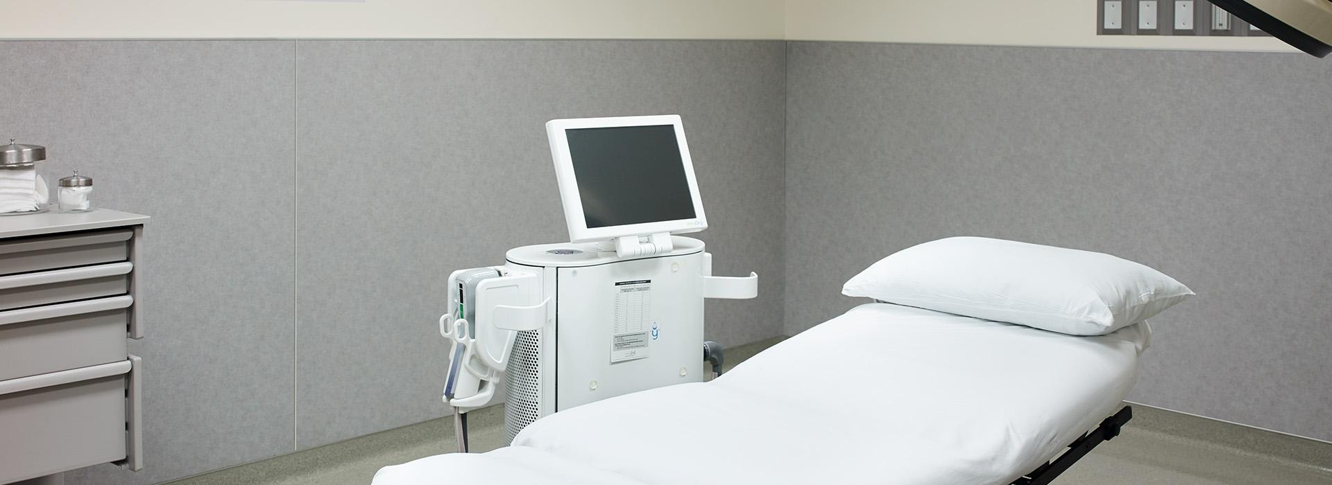 Doctors office procedure room 6447 Sarum Duotex HardStop