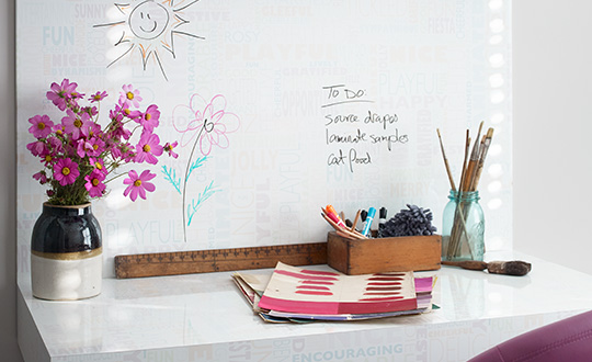 Work desk with flowers and materials 9541 Happy Words Writable Surfaces