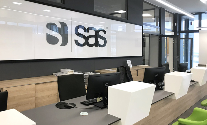 SAS 825x500
